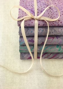 Doughty's Exclusive Bali Batik - 5 x Fat 1/4 Pack Purple