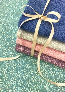 Fabric Freedom In Bloom 5 x Fat 1/4 Bundle - 5