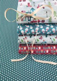 Fabric Freedom - Retro Christmas 5 x Fat 1/4 Pack 3
