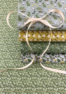 Fabric Freedom - In The Hedges 5 x Fat 1/4 Pack 2