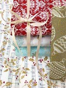 Fabric Freedom Chirstmas In Paris Fat 1/4 Pack - 5 pieces