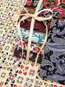 Craft Cotton Co Mixed Paisley Black & Cream Paisley Fat 1/4 Pack - 6 pieces