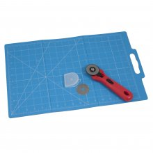 Folding Mat (30 x 45cm) with Rotary Cutter (45mm)