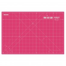 Rotary Cutting Mat: 42.5x27.5cm / 17x11in: Pink