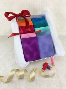 Gift Hamper - Fabric Freedom Sparkle 1/2 metres, Threads & Display Box