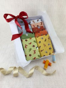 Gift Hamper - Lewis & Irene Fat 1/4s, Threads & Display Box