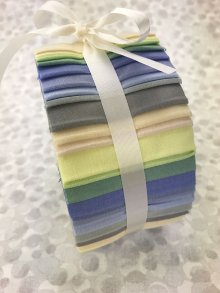 Fabric Freedom Jelly Roll - Powder Shades