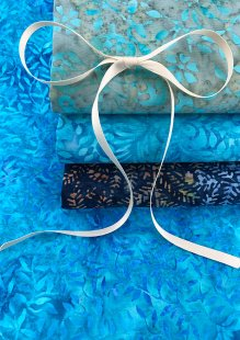 Kingfisher Bali Batik - 4 x Fat 1/4 Pack 2
