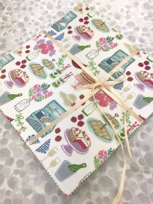 Lewis & Irene Scrumptious Squares Charm Pack - Picnic In The Park