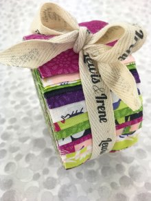 Lewis & Irene Fabulous Forties Jelly Roll - Our Friends In The Garden