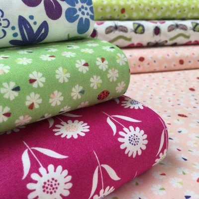 Lewis & Irene Our Friends In The Garden Fabric Bundle - 6 Fat 1/4s A